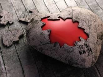 Coeur-brisé masqué
